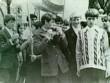 Выпуск 1976 - мальчики на первомайской демонстрации